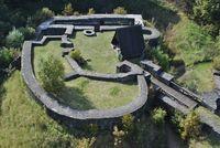 Freigelegte Grundmauern vom Schloss Eisenberg (Wirtschaftsförderung Korbach)