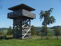 Der neu errichtete Aussichtsturm auf der Schwalenburg